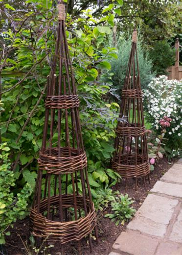 Willow Wigwam Obelisks