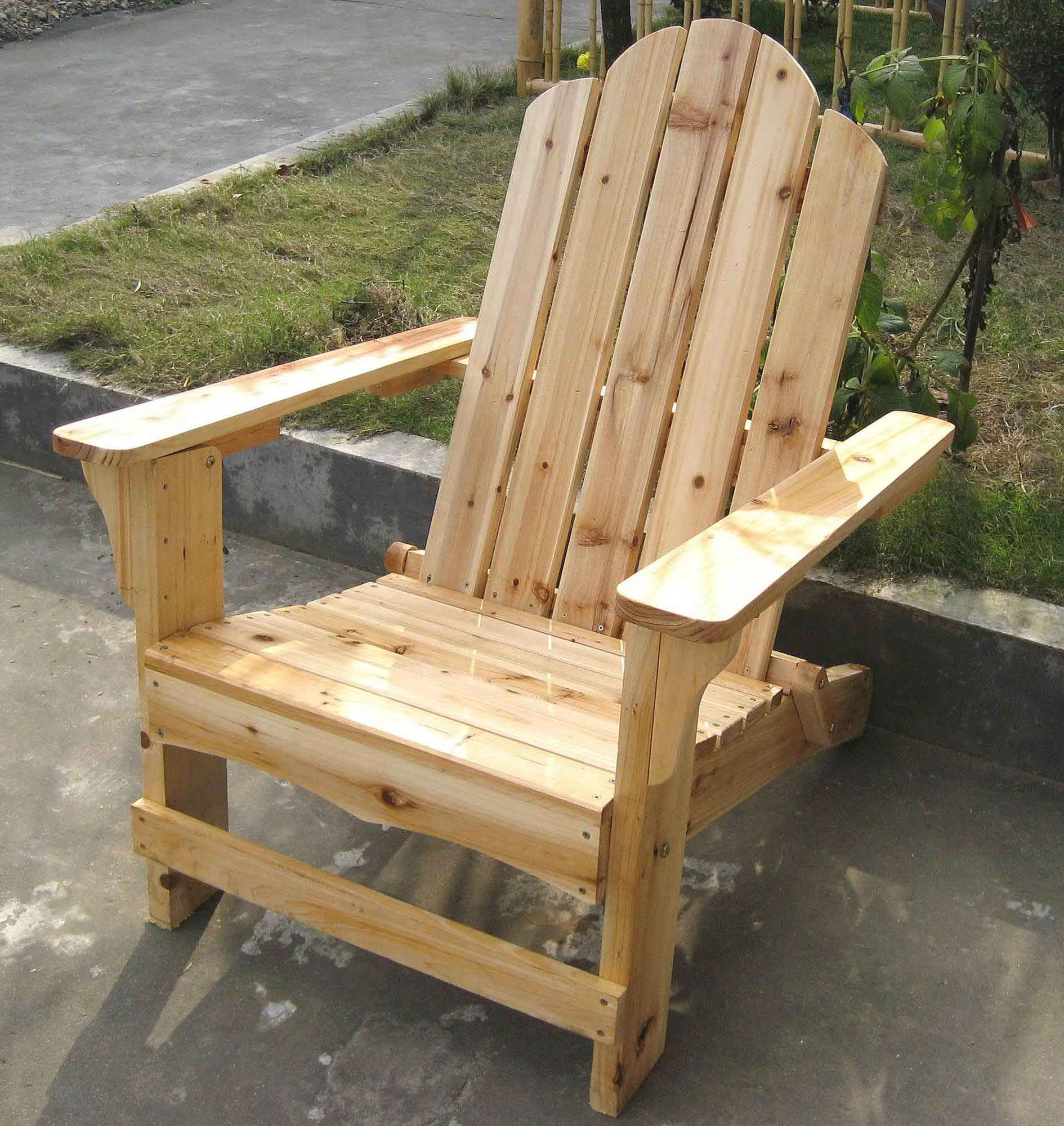 Wooden furniture more for Bancas de madera para jardin