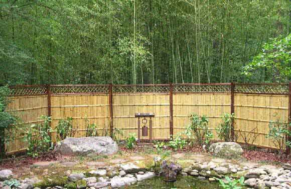 bamboo panel wbl66 with lattice top installed picture provided by a satisfied customer