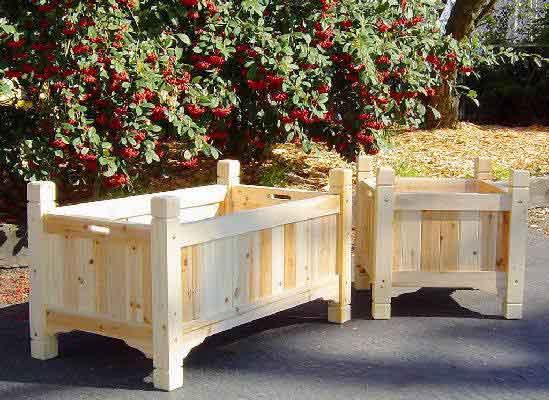chalet cedar wood planter - Wood Planters