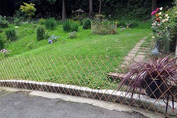 Peeled Willow Flex Fence