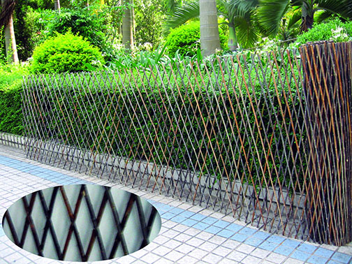 Superior Larger Opening Willow Expandable Flex Fence WFF 30 As Featured In Martha  Stewart Living Willow Pet Fence.