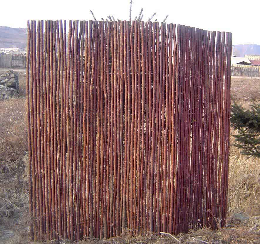 Large Willow Poles Fence